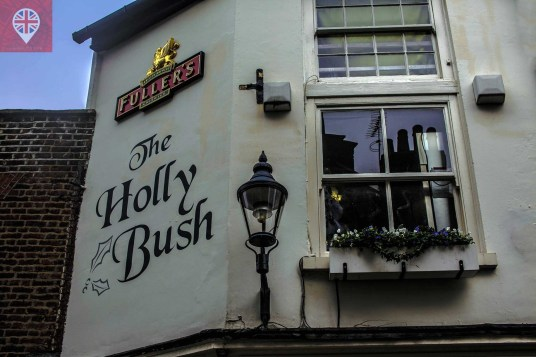 Pub The Holly Bush