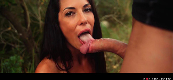 [DoeProjects] Alexa Tomas – Forest Fantasy [720p HEVC x265]