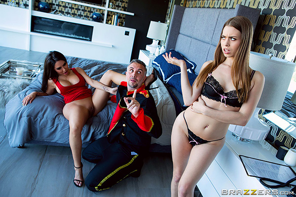[MomsInControl – Brazzers] Lela Star and Jill Kassidy – Bed and Sweatfest [1080p]