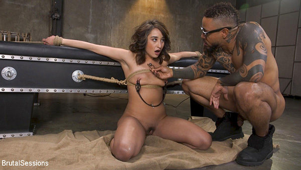 [BrutalSessions – Kink] Isabella Nice – Petite Sex Slave Isabella Nice Gagged and Fucked in Tight Rope Bondage [720p]