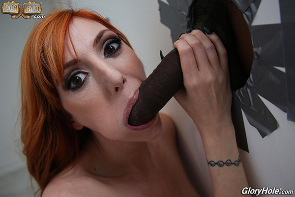 [GloryHole] Lauren Phillips – First Appearance [720p HEVC x265]