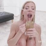 lara de santis drink urine