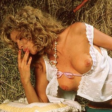 Carolyn Bonsanko Penthouse Pet of the month March 1985