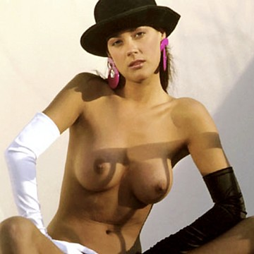 Sara Norton Penthouse Pet of the month August 1989