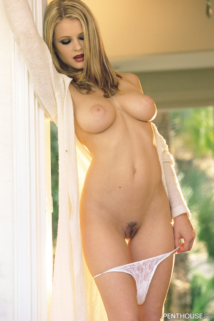 Chantelle Fontain nude in her September 2003 Penthouse Pet Of The Month photo spread 003
