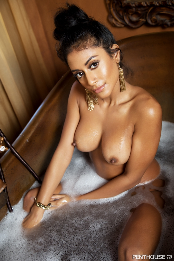 Jisel Lynn nude in her January 2019 Penthouse magazine Pet Of The Month photo spread 009