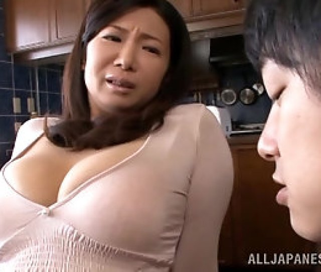 Asian Mom With Great Naturals Sucks And Gives A Titjob
