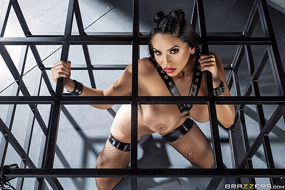 Missy Martinez (The Horniest Woman On Earth / 04.03.2018)