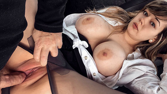 Madison Stuart (Busty passenger gives good tit wank / 04.22.2018)