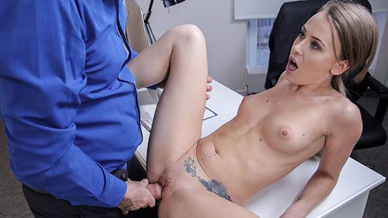 Carmel Anderson (Office fuck for sexy British model / 05.03.2018)