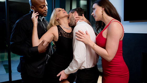Night Caps with Julia Ann, Chanel Preston