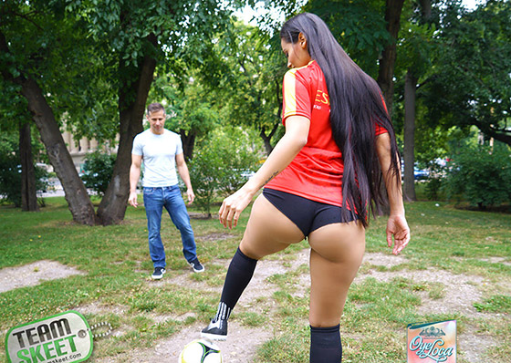 World Cup Runneth Over With Cum with Andreina Deluxe