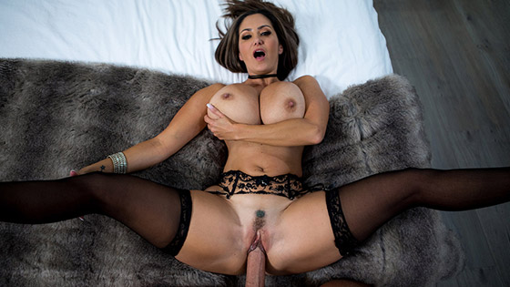 Rent-A-Pornstar: The Lonely Bachelor with Ava Addams