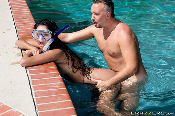 Diving For A Good Dicking with Eliza Ibarra