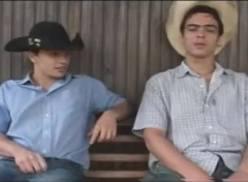 Cowboy viado levando rola – porno gay brasileiro.