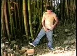 Sexo no mato – Porno Gay Brasileiro.