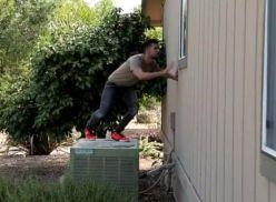 Transou depois de ver o vizinho na ginastica.