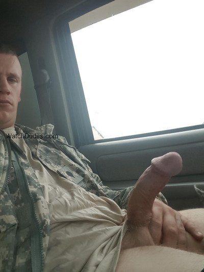 Fotos de homens mostrando pau duro