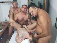tres masajistas
