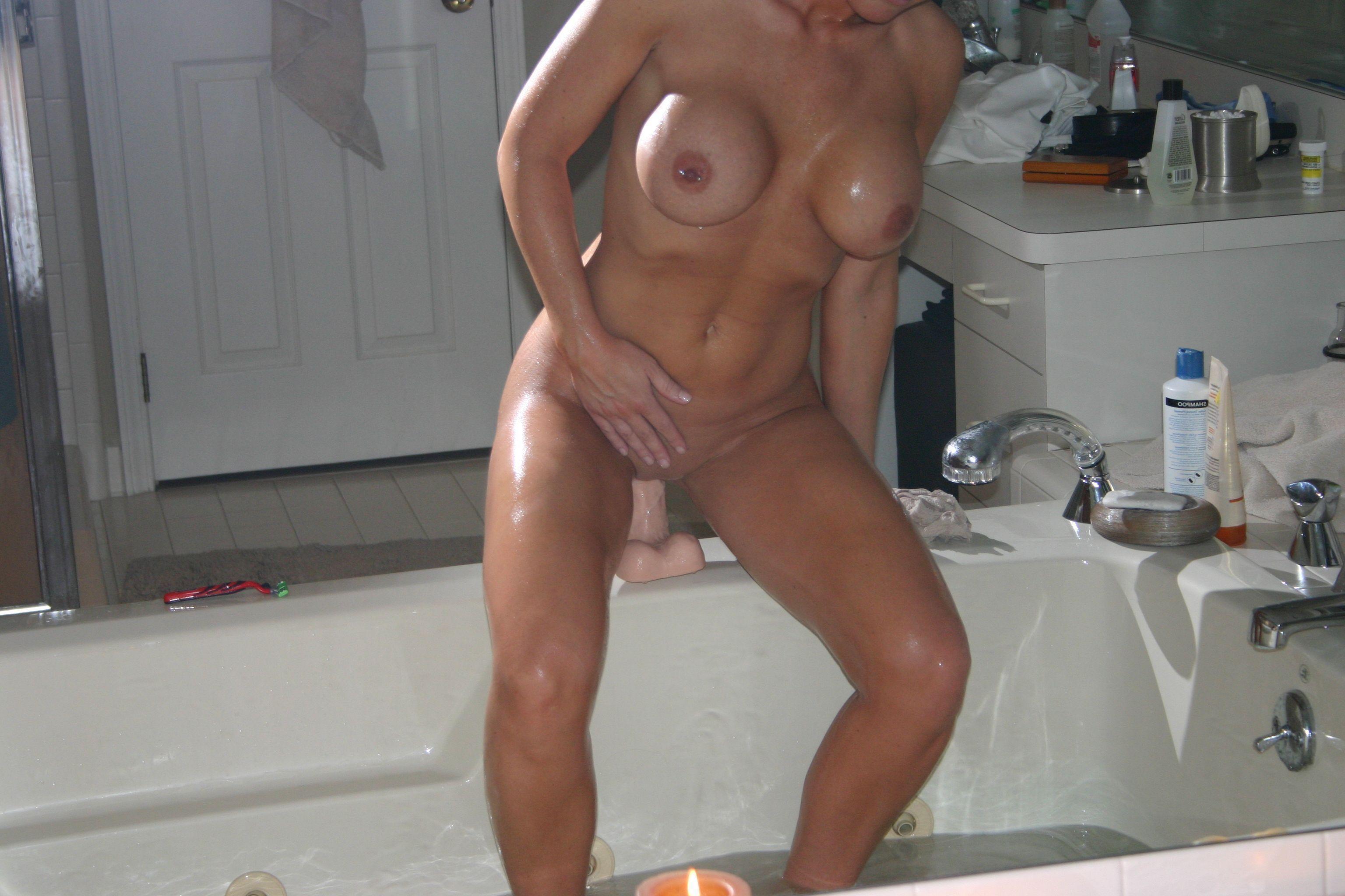 Fotos en la ducha de mujeres amateur desnudas xxx