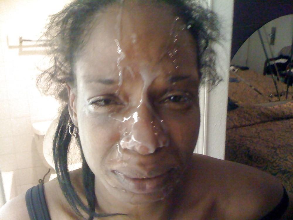 tias-guarras-recibiendo-facial-leche-en-la-cara-fotos-xxx-2