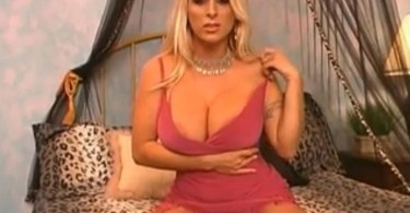 Holly Halston Webcam Show Picture
