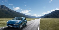 Blue Metallic Porsche Cayenne Diesel 2011 3000x1560 wallpaper Front angle view