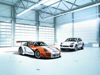 2011 Orange Porsche 911 GT3 R Hybrid Wallpaper Side front angle view