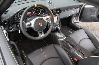 Limited edition: Porsche 911 Turbo S Edition 918 Spyder Interior