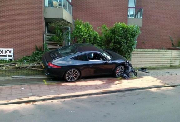 Porsche crash: New porsche 911 wrecked