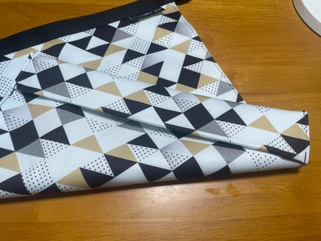 ▲ enjoy101 食物袋為了達到站立的效果,在底層有多縫了一折矽膠布