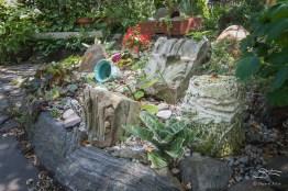 20140809 East 9th Street Community Garden 01