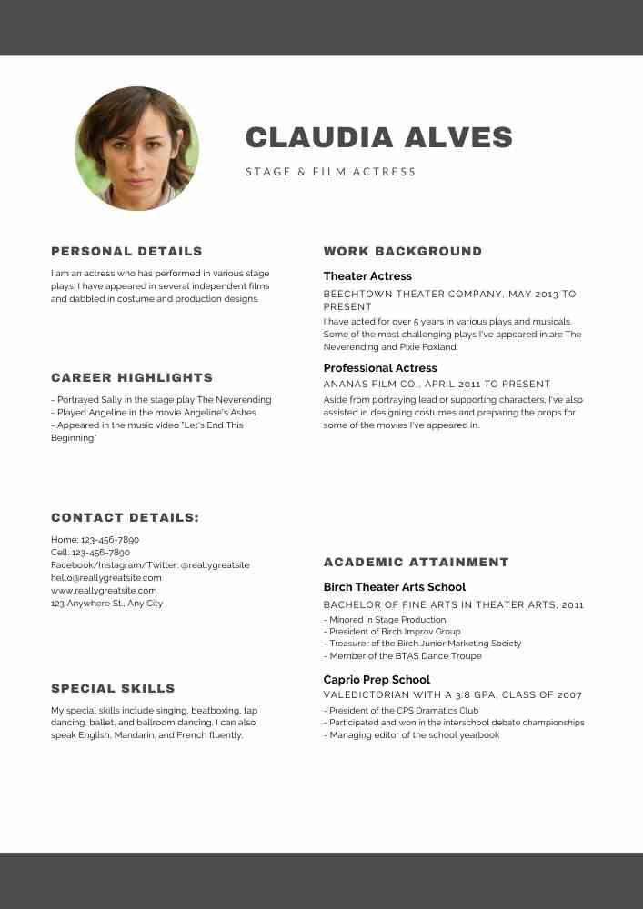 Black and White Minimalist Modern Resume