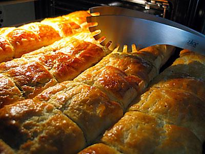 Kol Böreği