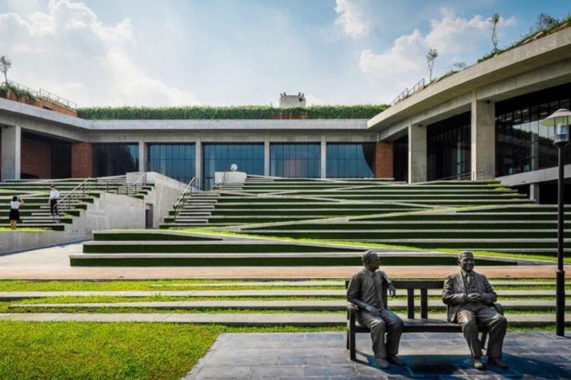 Este techo verde produce 20 toneladas de alimentos al año