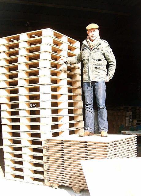 , Jóven creó palets con desechos de coco ultra resistentes, sustentables y más económicos