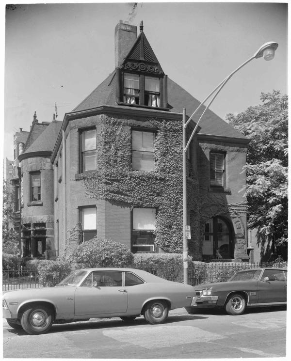 Ecc 1236 . Astor Street
