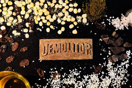 Barra nutritiva hecha con insectos, creada por PERUANOS, gana premio mundial