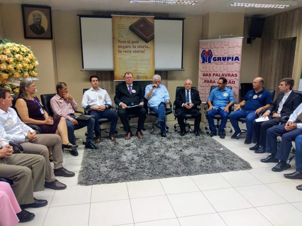 Cônsul Carlos Renaux é homenageado em evento