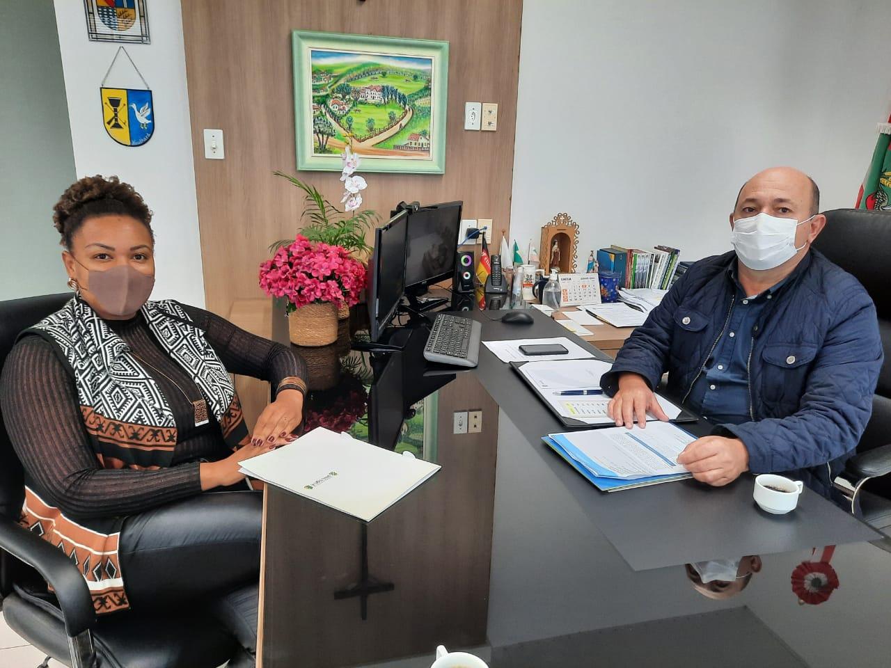 Brusque recebe emenda parlamentar para aquisição de ambulância