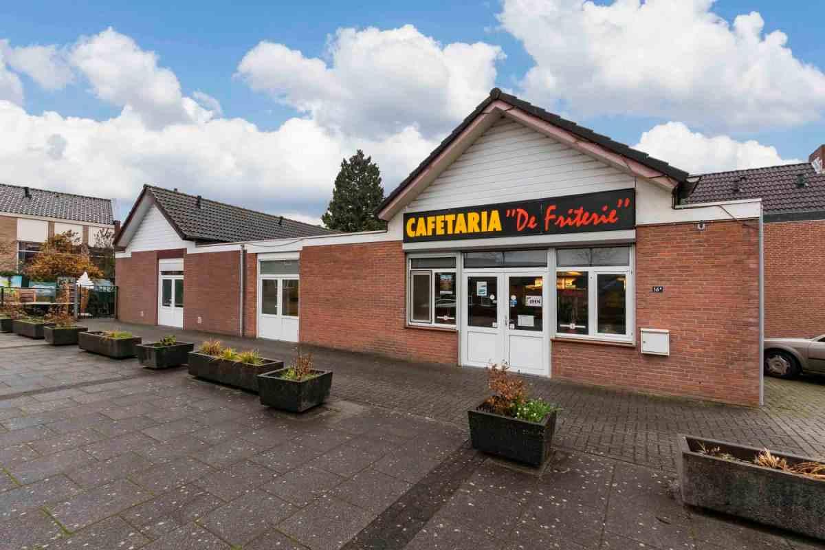 Te Koop Wij-co Broodjes Express en Friterie in Roermond