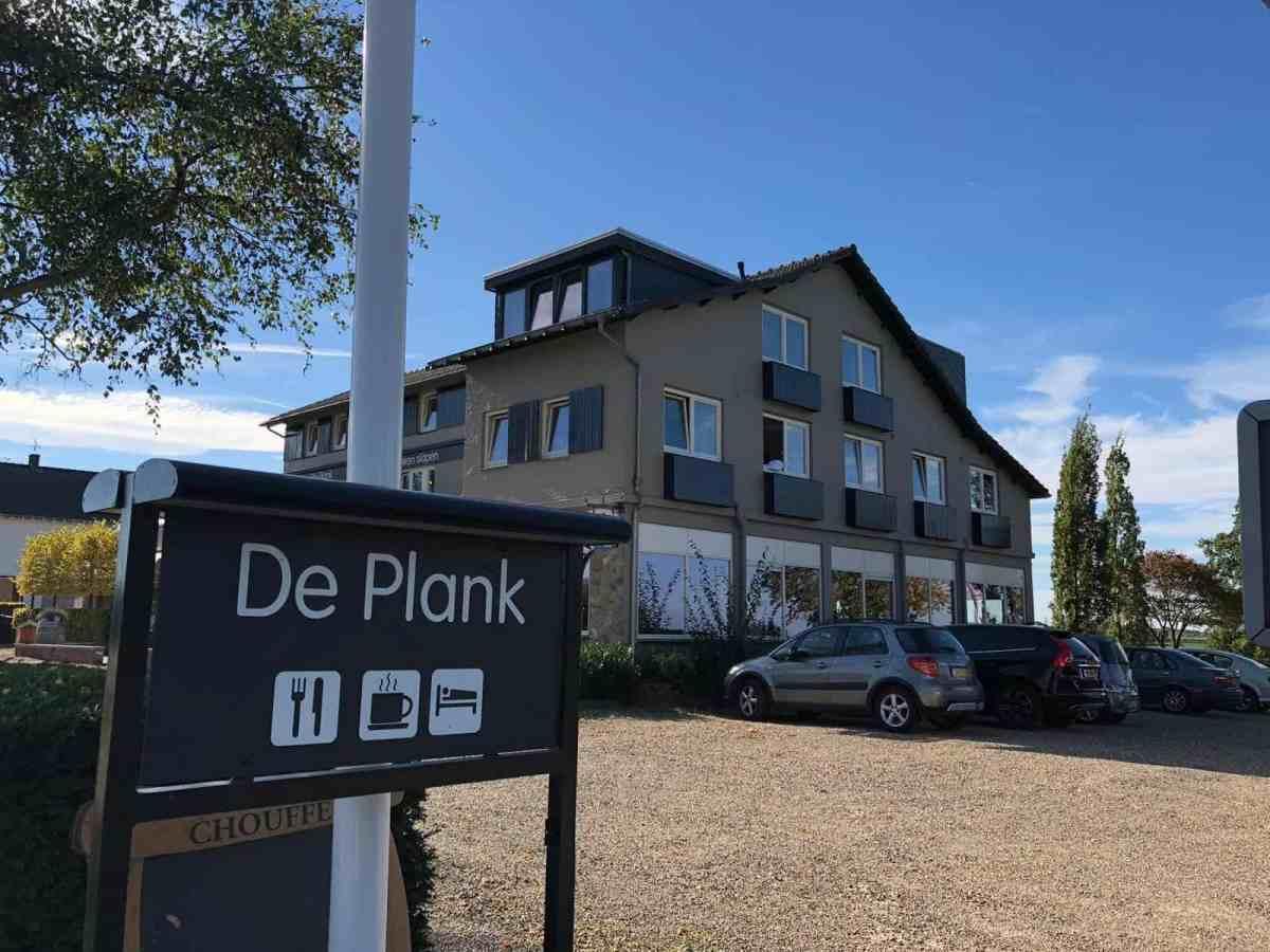 Te koop: het markant gelegen Hotel-Restaurant de Plank in Noorbeek