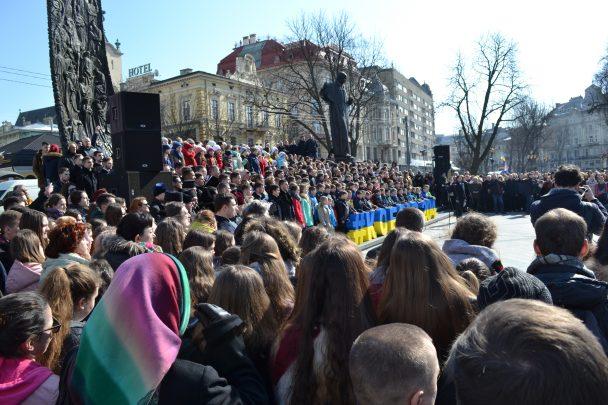 У Львові відбулося наймасовіше в Україні виконання «Заповіту» Шевченка