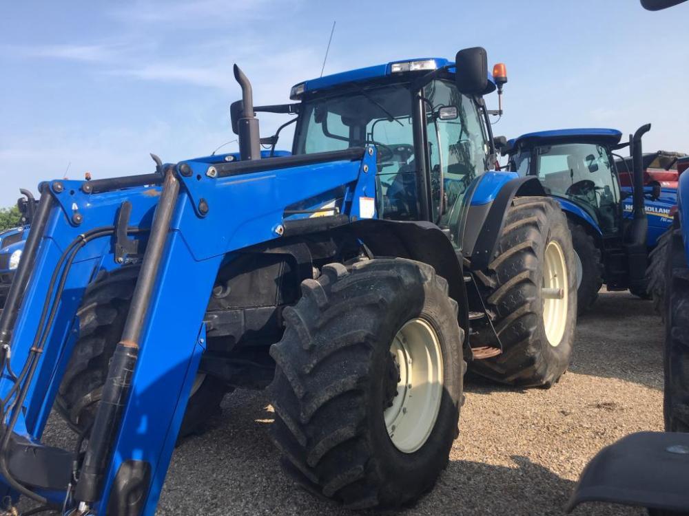 medium resolution of 2009 new holland t7070 tractor