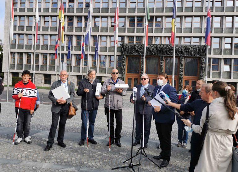 Predaja peticije predstavniki ZDSSS