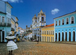 Portal Capoeira Capoeira: O lazer da indústria do turismo em Salvador Publicações e Artigos