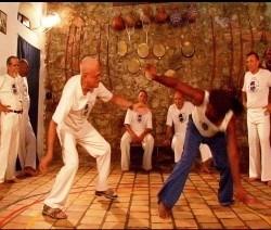 Portal Capoeira LOTAÇÕES ESGOTADAS NO FESTIVAL DO RIO 2005 Mestre Bimba A Capoeira Iluminada O Filme