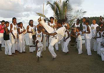 Portal Capoeira Bahia: Apesar de homenagem, capoeira tem pouco apoio Notícias - Atualidades