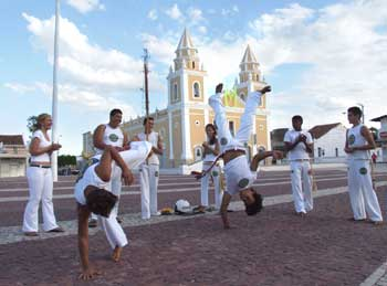 Portal Capoeira Limoeiro do Norte: Capoeiristas participam do Crescer Cidadão Cidadania