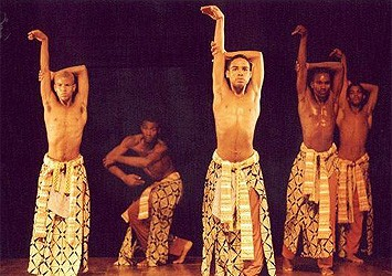 Portal Capoeira Bailarinos do Axé são convidados da Quinta da Dança Cultura e Cidadania